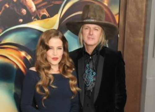 Lisa Marie Presley's Twin Daughters In Child Protection