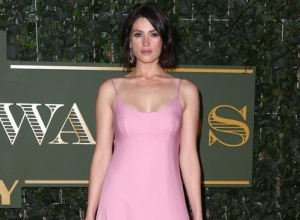 Gemma Arterton To Take On The Role Of Nell Gwynn
