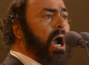 Luciano Pavarotti - In Conversation Video