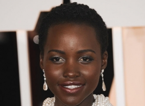 Lupita Nyong'o's REALLY EXPENSIVE Oscars Dress Is Still Missing