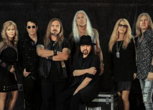 Lynyrd Skynyrd Postpone Shows After Guitarist's Heart Valve Surgery