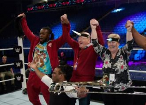 James Corden's Parents Cover Wwe Monday Night Raw