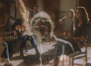 Mandy Moore - Fifteen Video