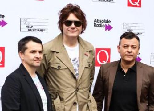 Manic Street Preachers Announce New Album 'Resistance Is Futile