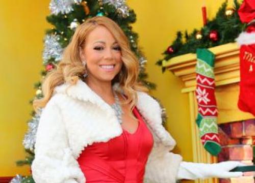 Mariah Carey Has Real Reindeer At Christmas