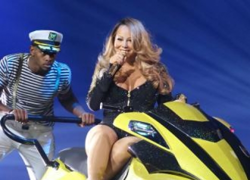 Mariah Carey pokes fun at reputation during opening show
