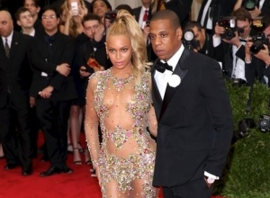 Beyonce Dedicates Love Song To Jay Z On Opening Night Of Impressive Tour