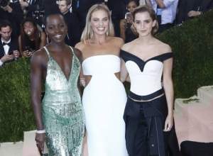 Beyonce, Blake Lively And Kimye Are Tech-Terrific At Met Gala 2016