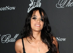 "Michelle Rodriguez Offers An Apology For Saying Minority Actors Should ""Stop Stealing All The White People's Superheroes"""