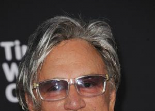 Mickey Rourke Supports George W Bush's Iraq Policy