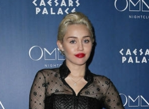 Miley Cyrus Voted Worst Celebrity Role Model By British Parents
