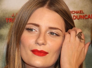 Mischa Barton Sues Mother Over Lost Career Earnings