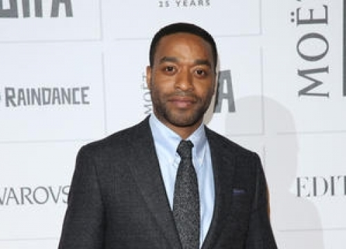 Chiwetel Ejiofor: 'Those Little Ketchup Bottles Are Hard To Open!'