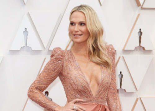 Molly Sims Reveals Her Skincare Pet-hates
