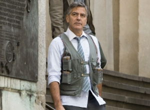 George Clooney Dons A Suicide Vest On The Set Of Tense Thriller 'Money Monster' [Photos]