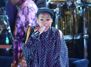 Lauryn Hill's 20th Anniversary Tour Support Is Incredible