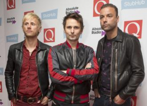 Muse Faced Music 'Sharks' Early On