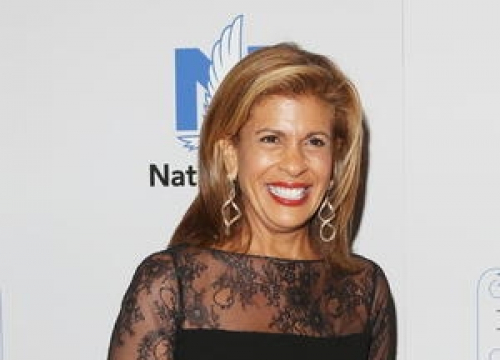 U.s. Tv Host Hoda Kotb Adopts Baby Girl