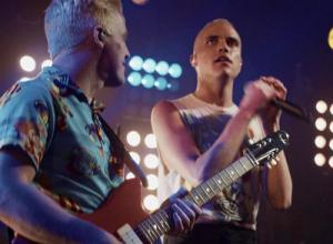 Neon Trees - Sleeping With A Friend [Live] Video