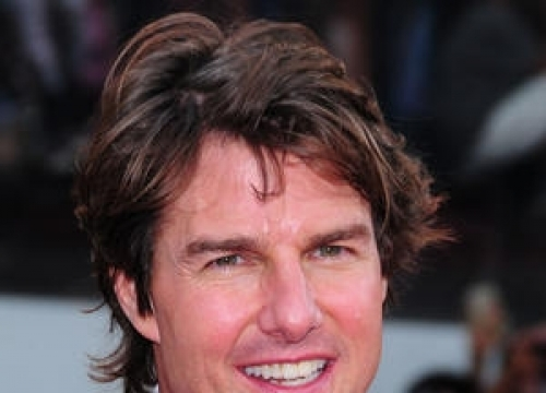 Tom Cruise Allows Politician To Use Movie Poster