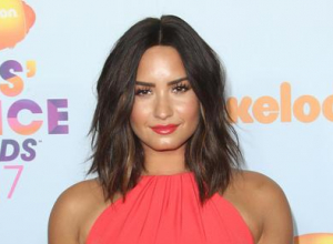 Demi Lovato Refuses To Answer Questions On Sexuality -