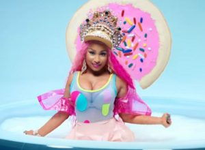 Nicki Minaj - Good Form ft. Lil Wayne Video