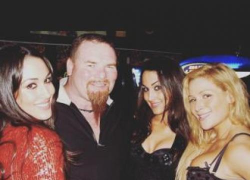 Nikki Bella Pays Tribute To Jim 'The Anvil' Neidhart