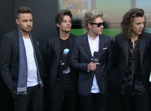 One Direction - Red Carpet Interview (2015 Billboard Music Awards) Video