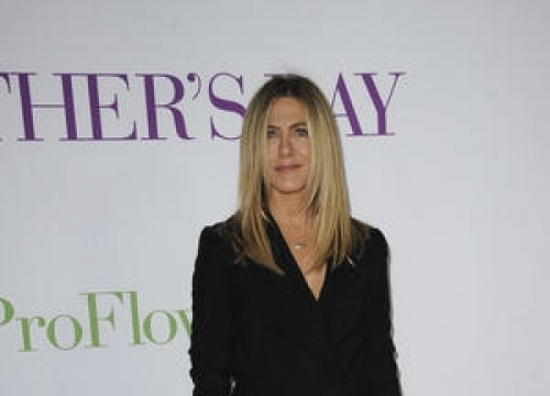 Jennifer Aniston Gives Empowering Speech To Young Girls At Italian Film Festival