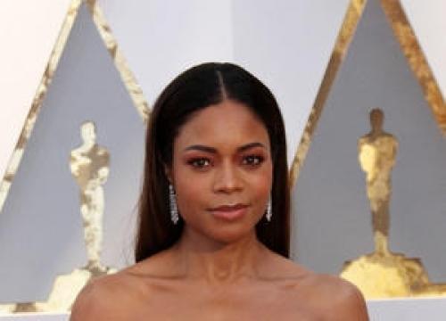 Naomie Harris: 'Oscars Flub Was Awkward'