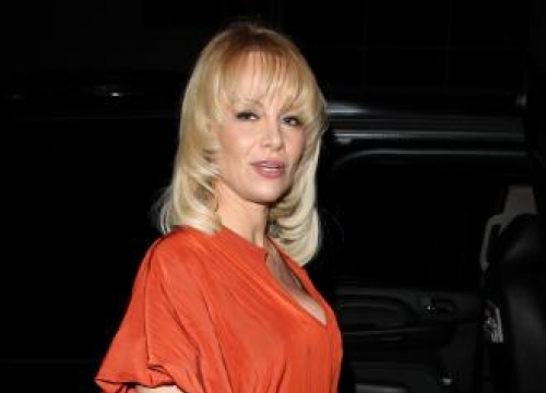 Pamela Anderson is officially divorced