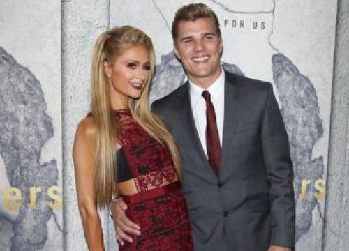 Paris Hilton 'Serious' About Chris Zylka
