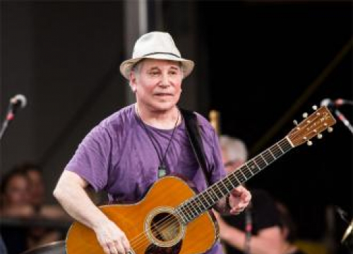 Paul Simon Reclaims Bridge Over Troubled Water At Bst Hyde Park