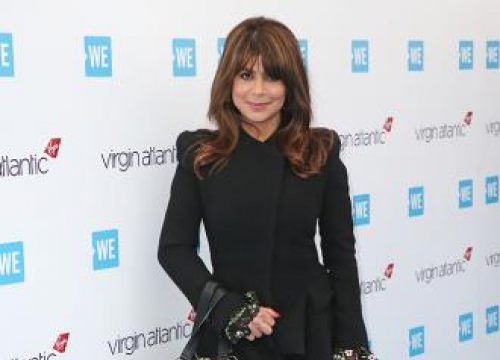 Paula Abdul Falls Off Stage During Live Show