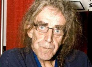 'Chewbacca' Actor Peter Mayhew Hospitalized for Pneumonia