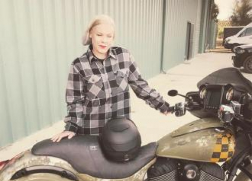 Pink's Push Present From Carey Hart