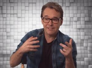 Pixels Chris Columbus - Featurette Trailer