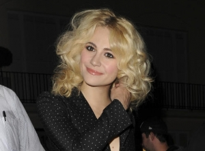 Pixie Lott Receives Mixed Reviews For West End Role In 'Breakfast At Tiffany's'