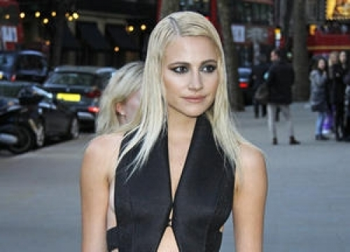 Pixie Lott And Status Quo To Lead Ve Day Concert