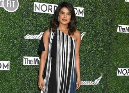 Priyanka Chopra To Play Bioterriost In New Movie