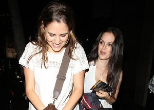 Rachel Bilson Reunites With Castmates At The O.c. Stage Musical