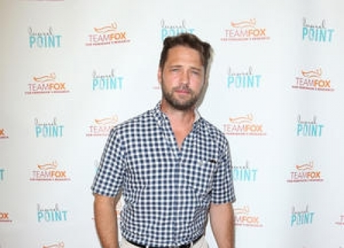 Jason Priestley Praises 'Incredibly Brave' Shannen Doherty Over Cancer Battle