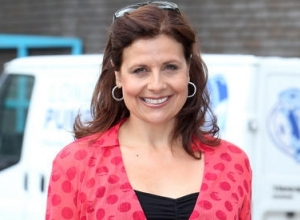 'The Thick of It' Star Rebecca Front Joins Cast of 'Doctor Who'