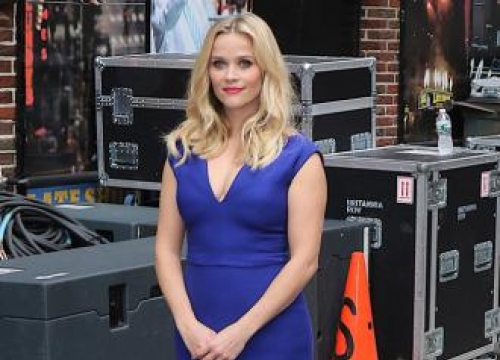Reese Witherspoon's Shoeless Childhood