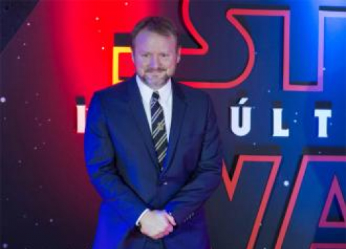 Rian Johnson Compares Working On The Last Jedi To Graduating Eight Schools