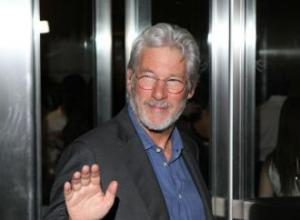 Richard Gere joins The Best Exotic Marigold Hotel 2