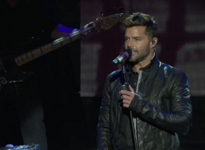 Ricky Martin - Disparo al Corazón (Live on the Honda Stage at the iHeartRadio Theater LA) Video