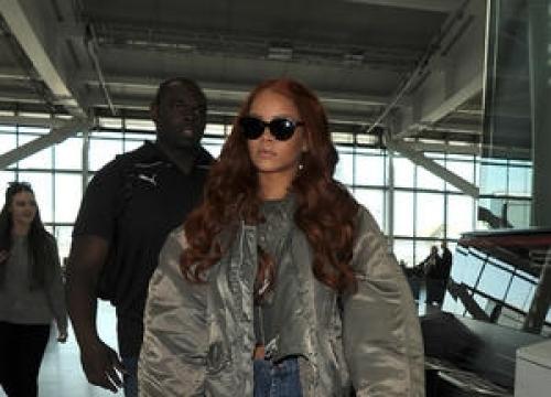 Rihanna Adopts Nightclub Toilet Dog