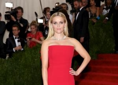 Reese Witherspoon To Star In Live Action 'Tinkerbell' Movie