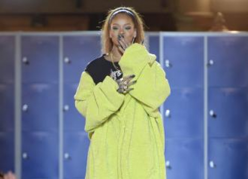 Rihanna Grossed Out Watching Herself On Tv